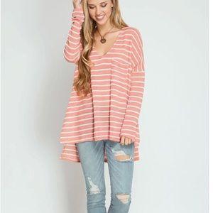 ✨LAST Peach stripes high low vneck long sleeve top